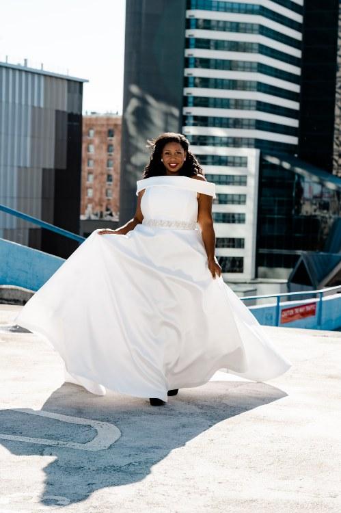 Octavia-movement-plus-size-ballgown-Modern-Trousseau