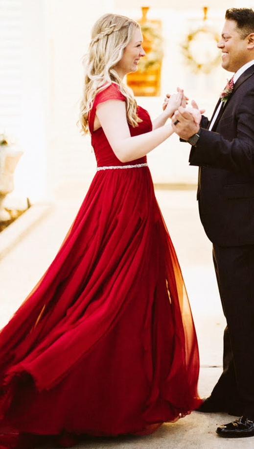 Kyna wears a custom Faron gown