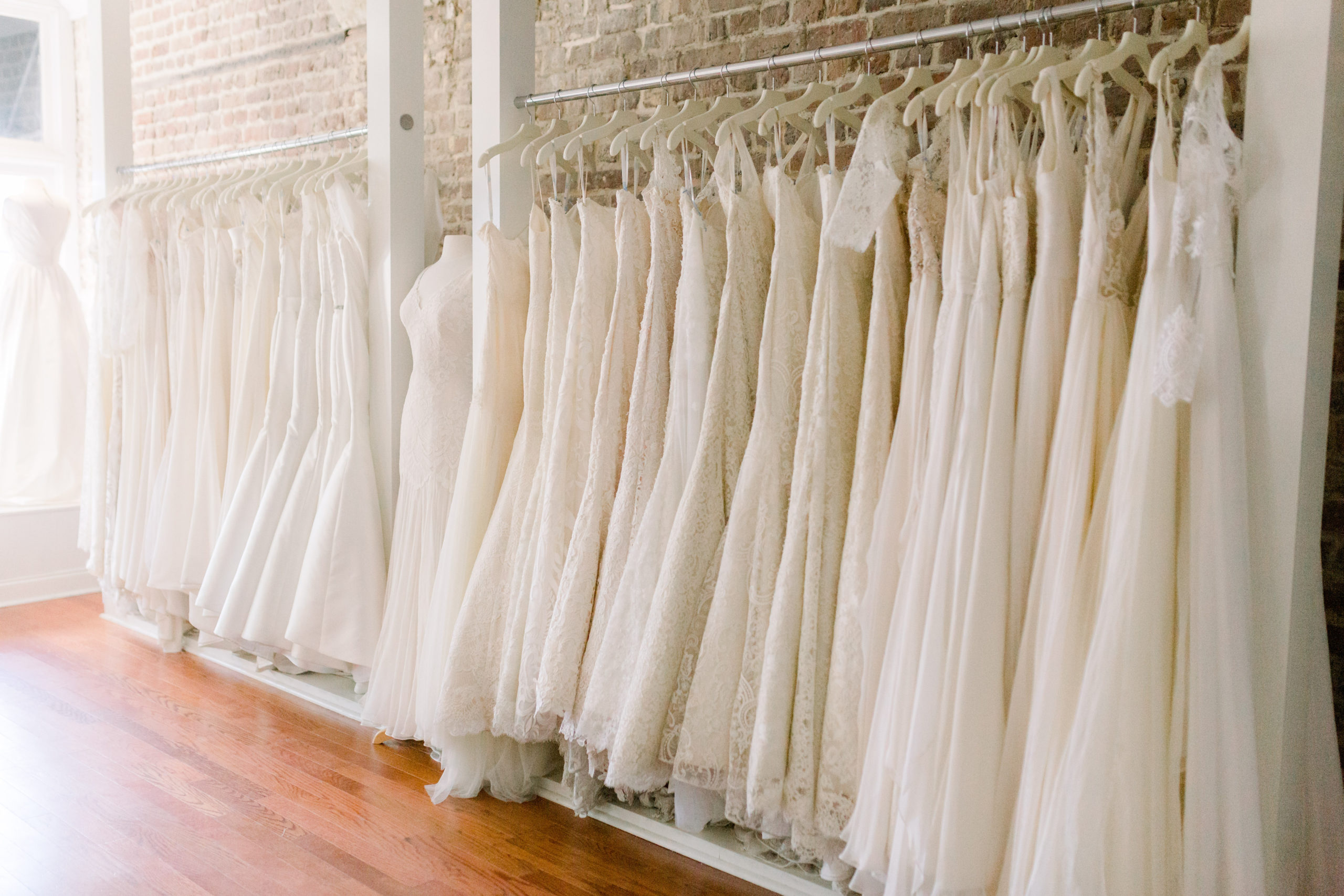 Made in the USA by Modern Trousseau.