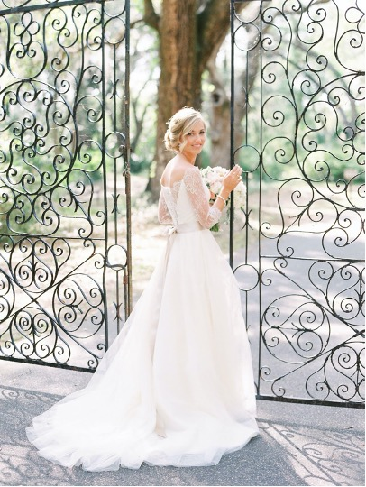 5 Gowns Perfect for your Outdoor Wedding